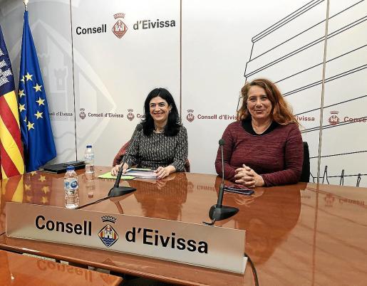 Viviana de Sans acompañó a Isabel Castro en la presentación de los datos de siniestralidad laboral de 2018.