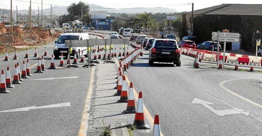 El tramo de la carretera donde se localiza el cruce de Santa Gertrudis ha sufrido varios cambios en las últimas semanas.