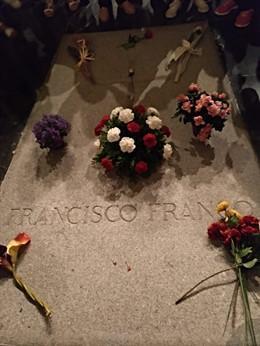 El Gobierno anuncia que los restos de Franco serán enterrados el 10 de junio en el cementerio de El Pardo.