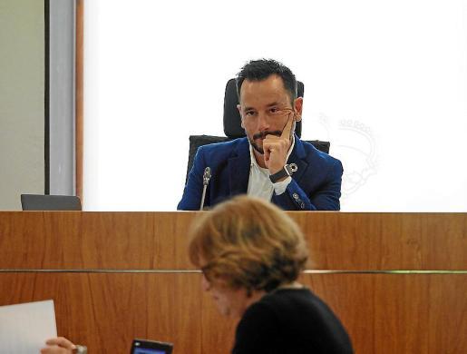 Rafa Ruiz, en el último pleno del Ayuntamiento de Eivissa.