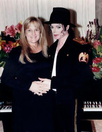 Michael Jackson y Debbie Rowe tuvieron dos hijos, Paris y Prince.