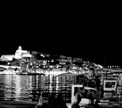 Justin es muy querido en Ibiza y son muchos los que le ayudan.