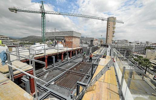 Construcción y servicios son los sectores que registran más incrementos en las Islas.