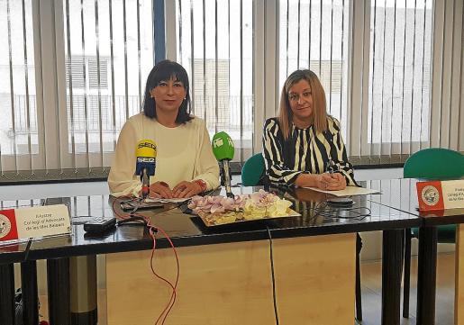 Las letradas Eva Maria Cardona y Sonia Pardo, miembros del Colegio de Abogados de Ibiza, informaron de la situación.