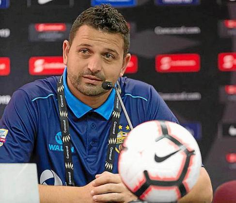 Oliver Mendoza, en rueda de prensa.