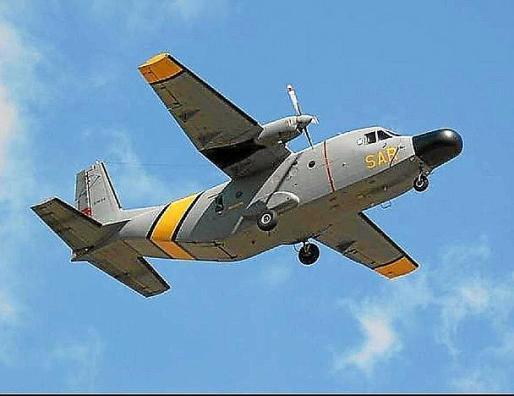 Un avión del 801º Esquadron SAR participó en la búsqueda.