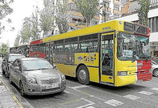Podemos Eivissa promete recuperar las paradas urbanas de las líneas de autobús de la ciudad de Ibiza.
