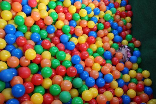 Las piscinas de bolas, un nido de gérmenes.