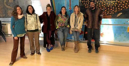 Ana Sarañana, Carmen Pérez, Cristina Orte, Paula Gual de Torrella, Violeta Socias y Juan Ramón Pague.
