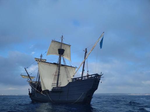 Réplica de la 'Nao Victoria' que se puede visitar en el Club de Mar.