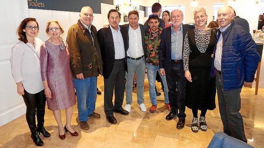 Xisca Molino, Maria Concepció Cortès, Vicenç Sastre, Pep Oliver, Oscar Mayol, Tòfol Castanyer, Colau Cortès, Lina Amengual y Tomàs Paris.