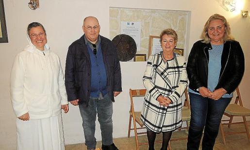 Helena Fuentes, Sion Palmer, Margalida Socías y Silvia Pariente.