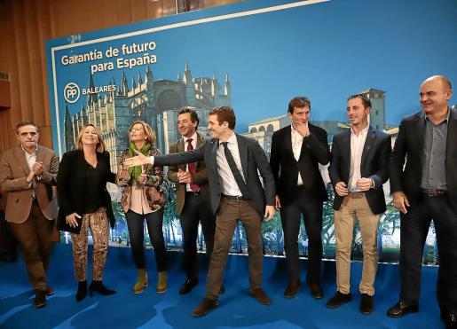 Casado y Company, con los candidatos a los consells insular y a Palma, Vila y Maó.