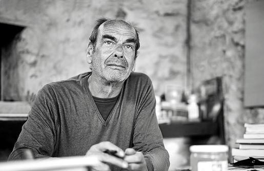 Michel Moufee plasma en sus obras los fusilados del franquismo en Formentera.