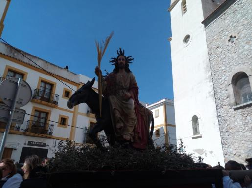 La imagen de la Borriquita se construyó en 2008 para salir en procesión el Domingo de Ramos