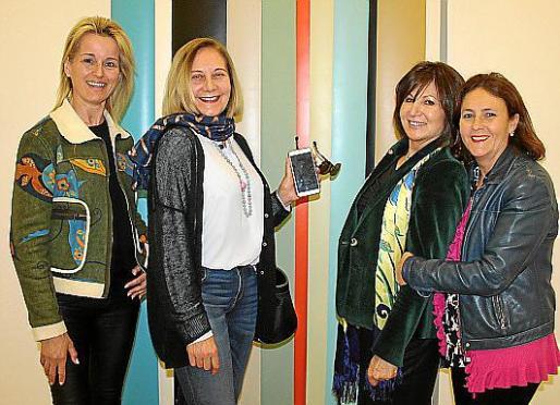 María Dolores Caldentey, Águeda Ropero, Rosa Ruesga y Carmen Bauzá de Mirabó.