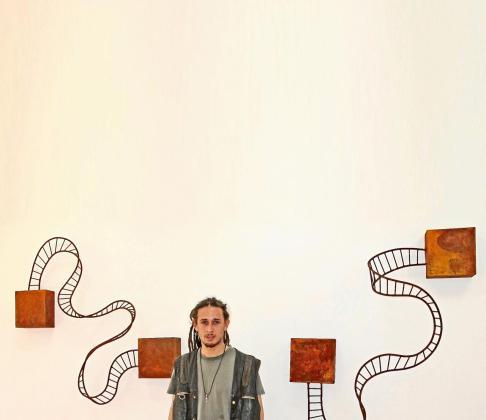 El artista Javier Ordóñez, conocido como Javier Ens.