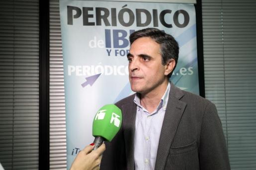 José Vicente Marí Bosó atiende a la TEF.