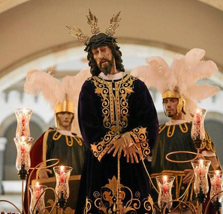 Imagen de Nuestro Padre Jesús Cautivo antes de procesionar por las calles de Vila.