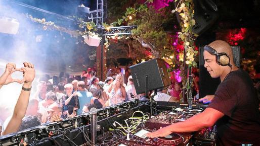 Grand opening de Blue Marlin Ibiza este domingo con la música de Dj Erick Morillo.