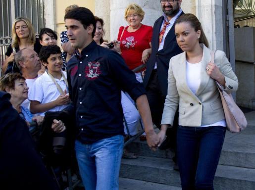 El torero Jesulín de Ubrique junto a su esposa, María José Campanario.