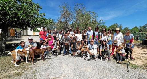 Can Gossos cuenta con 20 hectáreas de terreno para pasear a los perros además de clínica veterinaria y varios módulos para alojar a los animales.