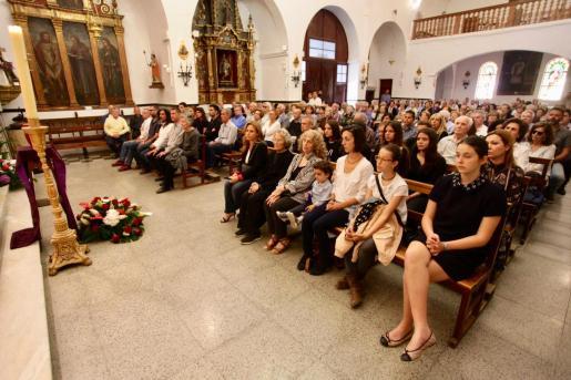 El funeral se celebró en la iglesia de Sant Antoni.