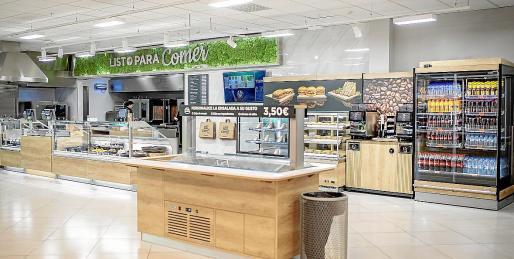 El nuevo modelo de tienda eficiente incorpora la sección 'listo para comer'.