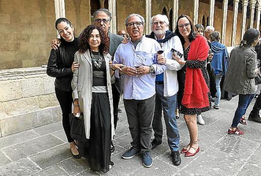 Violeta Maggi, Rafael Fiol, Teresa Toledo, John Holden, Rolando Loewenstein y Alexandra Medialdea.