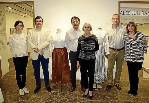 Antònia Miró, Andreu Castanyer, Pep Oliver, Concepció Cortès, Carlos Simarro y Maria Cruz Ensenyat.