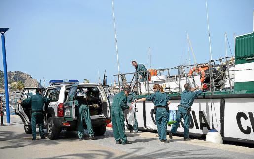 La Guardia Civil encontró el alijo en el interior de la embarcación, que es propiedad de un mallorquín.