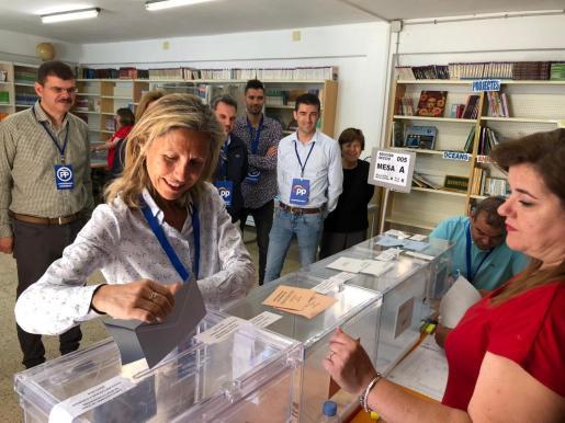 Carmen Ferrer aumenta la mayoría absoluta para el PP en Santa Eulària.
