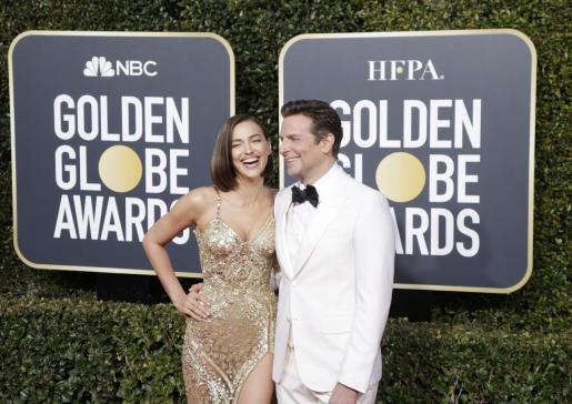 Irina Shayk y Bradley Cooper en la entrega de los Globos de Oro, celebrada en enero de este año.
