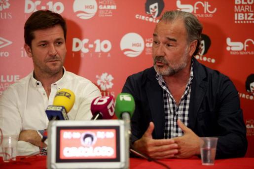 Antonio Palma (derecha), empresario y propietario de Ibizkus, toma el relevo de Alberto Pérez (izquierda).