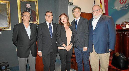 Francec Albertí, Jordi Reina, Mercedes Isern, Miguel Roca y José Manuel Valverde.
