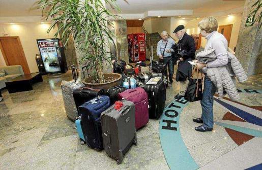 La licitación de los viajes del Imserso, se encuentra suspendida de forma cautelar por el Tribunal Central de Recursos Administrativos