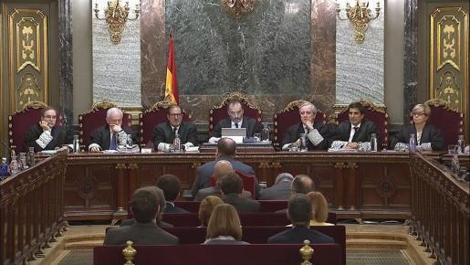 El exvicepresidente de la Generalitat Oriol Junqueras, durante su turno de última palabra este miércoles en la 52ª y última jornada del juicio del procés.