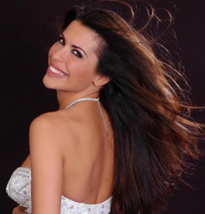 La cantante castellonense, ex de Sonia y Selena, presentará en el Ibiza Gay Pride 2019 'Sigue mi ritmo'