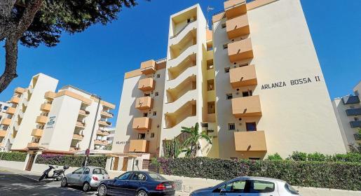 El joven se alojaba en los Apartamentos Arlanza.