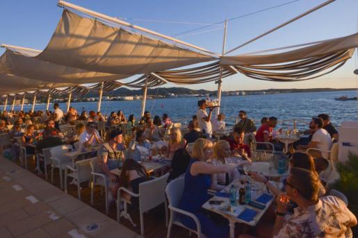 Café del Mar.