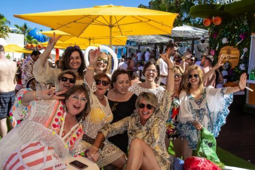 Amigas desde siempre, nuevos shows y glamur en Bless Hotel Ibiza.