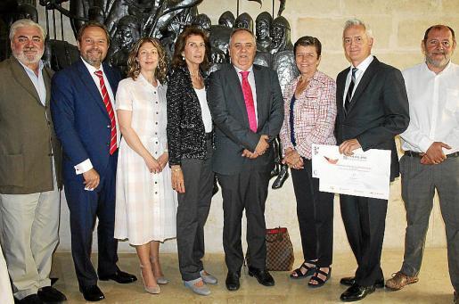 Rafael Salas, Miguel Ángel Luna, Pilar Sansó, Carmen Planas, Antoni Mercant, Carmen Serra, Diego Gómez y Gabriel González-Molinero.