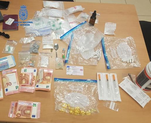Material incautado por parte de la Policía Nacional.