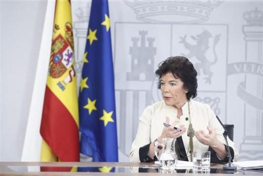 La ministra de Educación y Formación Profesional y portavoz del Gobierno en fuciones, Isabel Celaá, en la rueda de prensa posterior al Consejo de Ministros en La Moncloa.