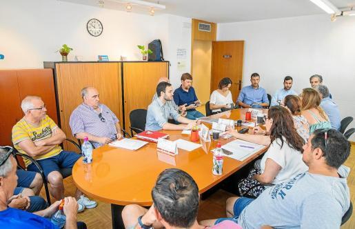 Ayer se celebró la primera reunión en el Tamib entre la empresa y los trabajadores.