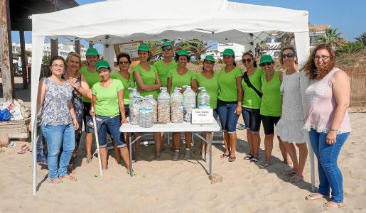 Colillas. Todos los participantes del programa coincidieron en que lo que más se encuentra en las playas del municipio son las colillas.