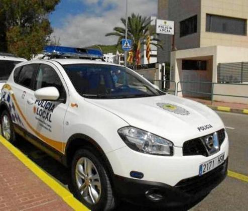 El hombre fue detenido por agentes de la Policía Local de Santa Eulària.