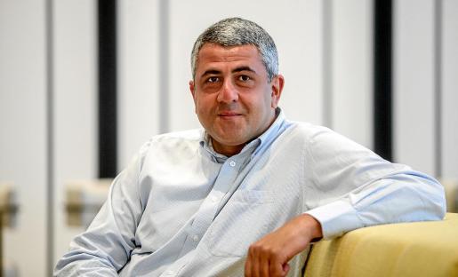 Zurab Pololikashvili pasó unos días de descanso con su familia en Ibiza.