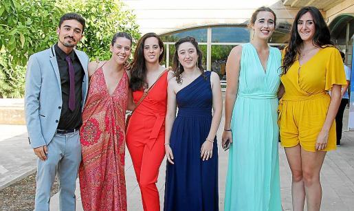 Diego Baranda, Neus Seguí, Ana Dunjó, Joana Maria Llodrà, Laura Nadal y Marina Llabrés.