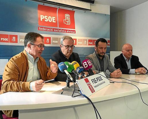 'Agustinet', Torres, Ruiz y Tur reclamaron en marzo de 2018 la derogación de la 'Ley Montoro'.
